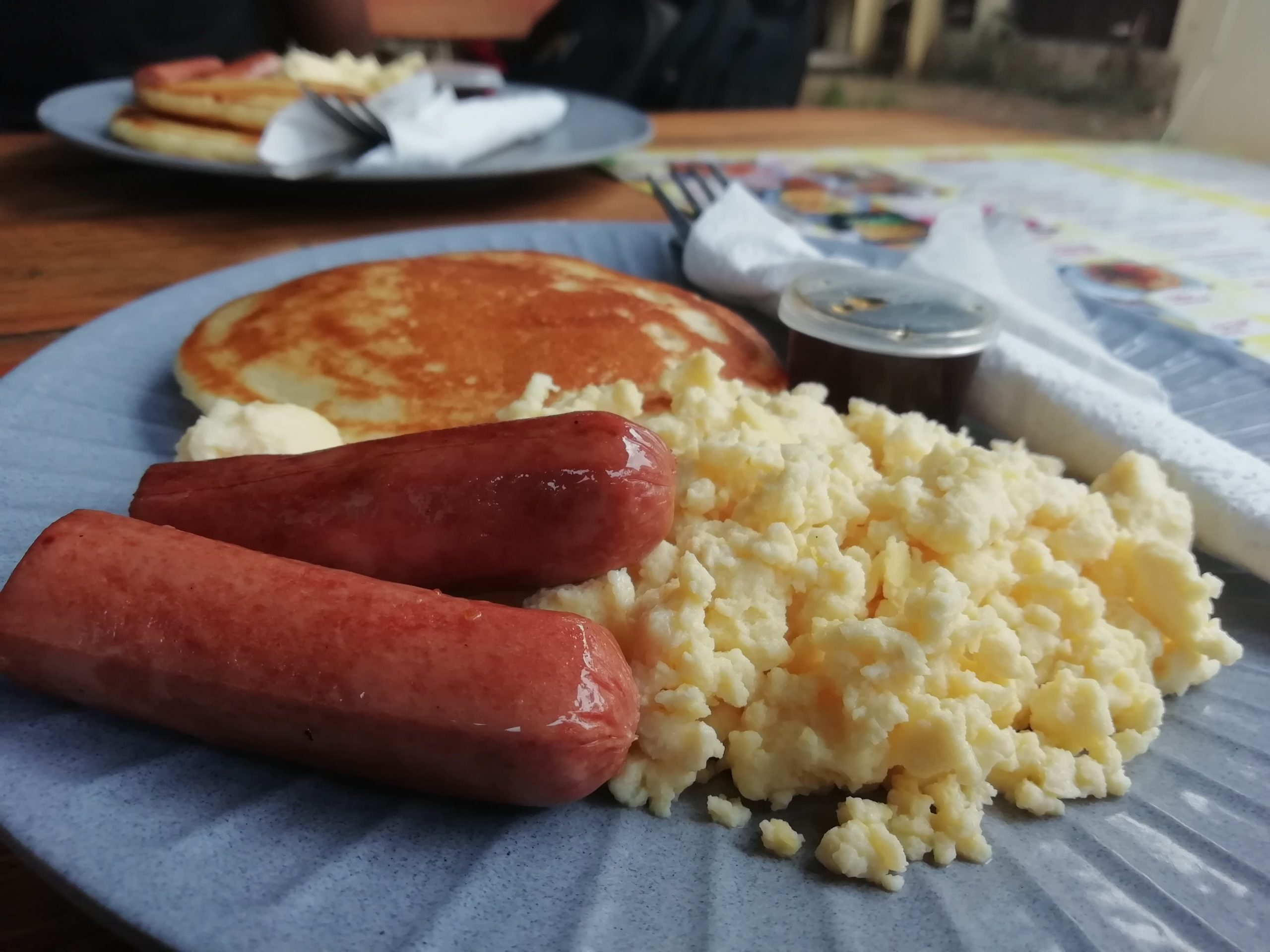 scramble eggs,pancakes and beef