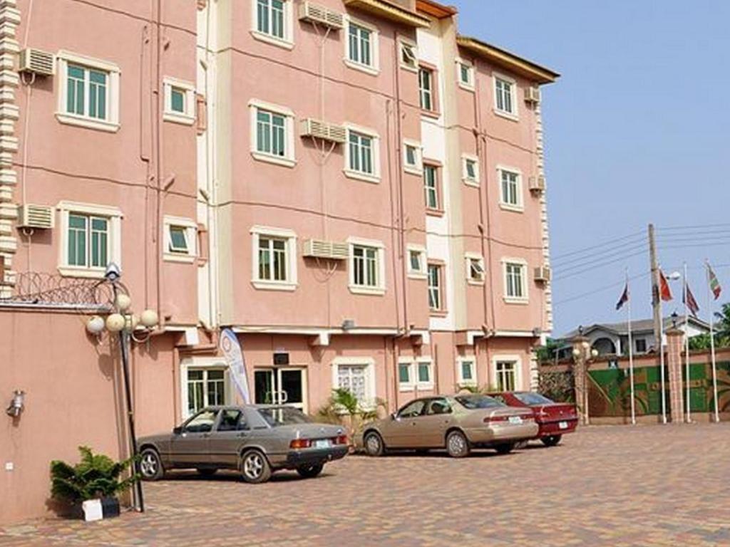 hotels in Alimosho