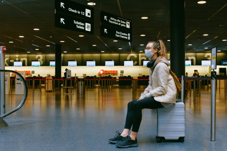 things to do while waiting for your flight