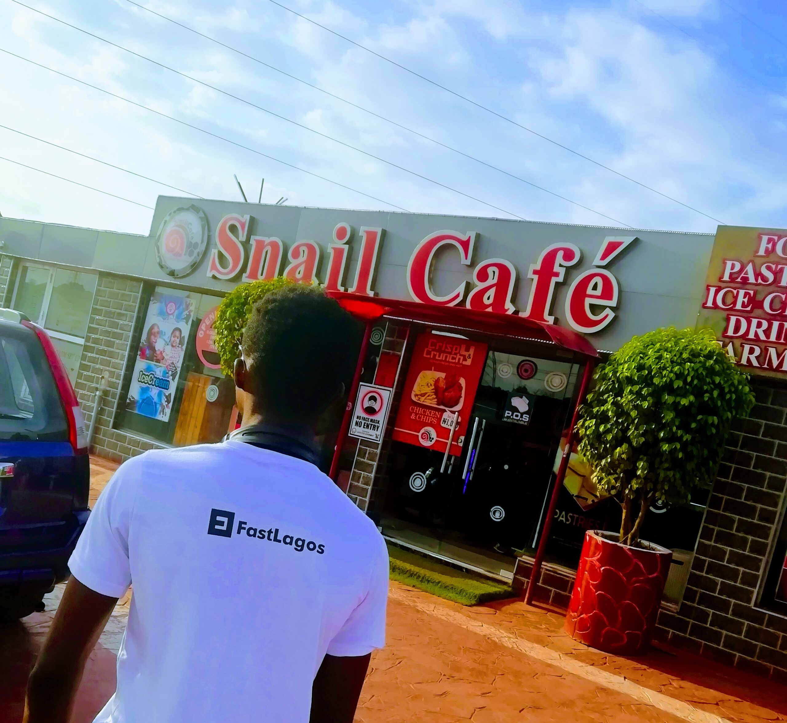 snail cafe restaurant